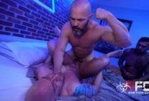 Owen Hawk & Boomer Banks Tag Jaxson Pomme's Ass (Bareback)