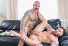 Creating Hot Sexy Memories: Riley Mitchel & Musclebear Montreal (Bareback)