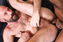 Pleasing My Black Boss: Mickey Carpathio & Saul Leinad (Bareback)