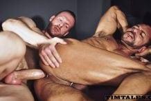 Tim Kruger fucks Krifer (Bareback)